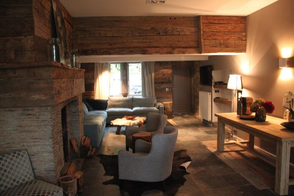 Le salon belge bois habitat a 15 ans la maison bois for Salon construction bois