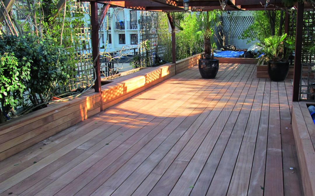 Les conseils clés pour réussir sa terrasse en bois pendant l'été