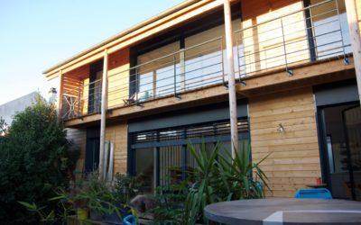 Réhabilitation et surélévation avec le bois de la maison BT à Ivry sur Seine par Marc Lafagne Architecte