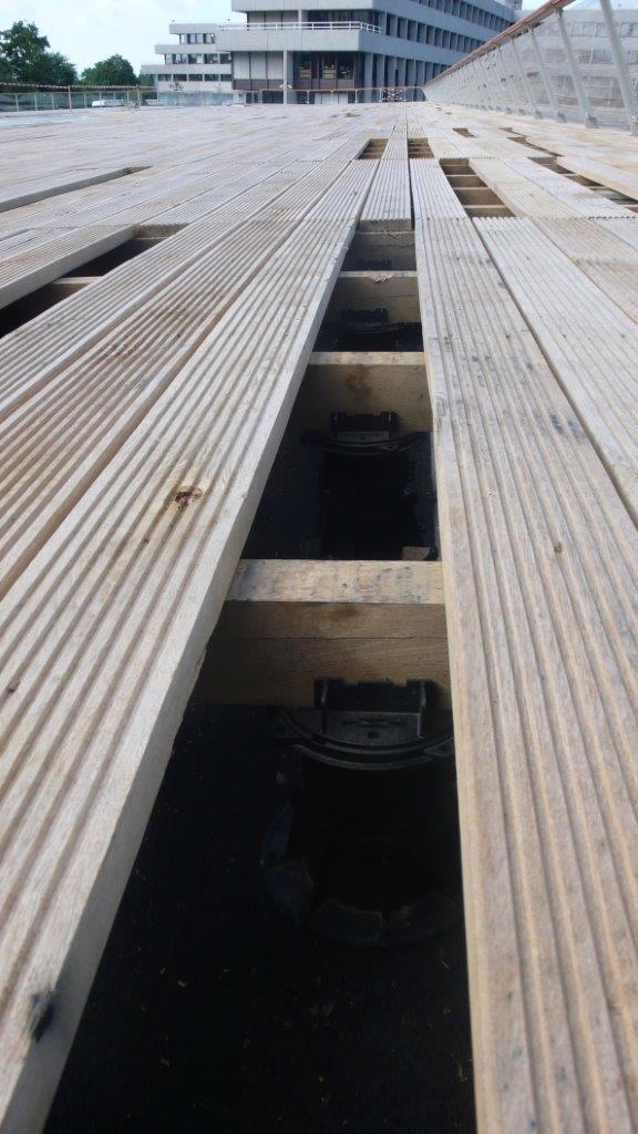 terrasse en bois sur plots sous construction terrasse bois sur plots
