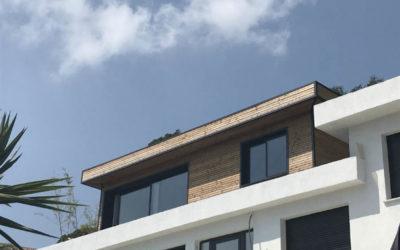 Surélévation en bois d'une toiture terrasse à Nice par LOGISWOOD