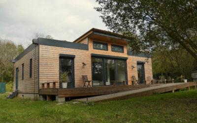 Exemples de maisons en bois les mod les des constructeurs for Constructeur maison positive
