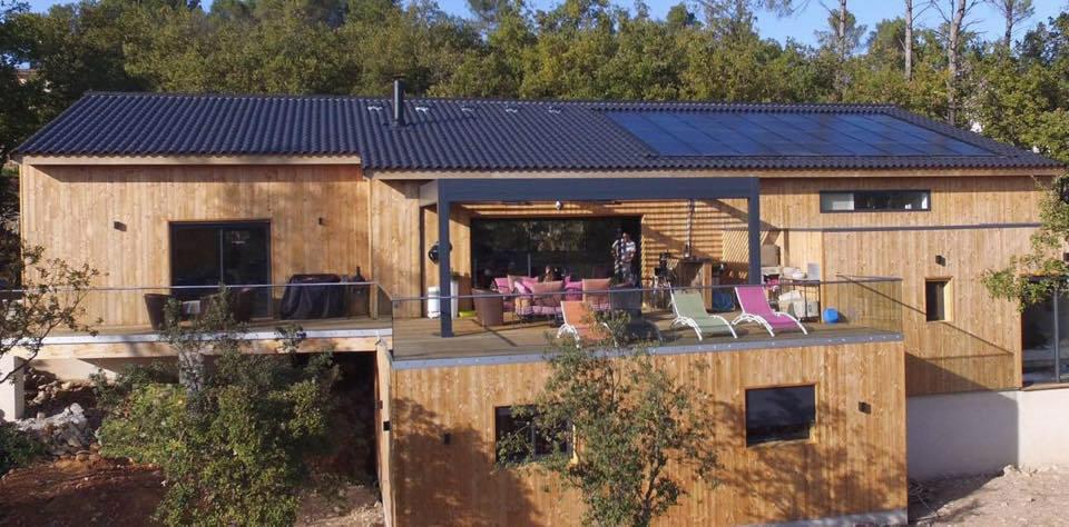 Maison bois éco-connectée dans le Var en Provence par EPC