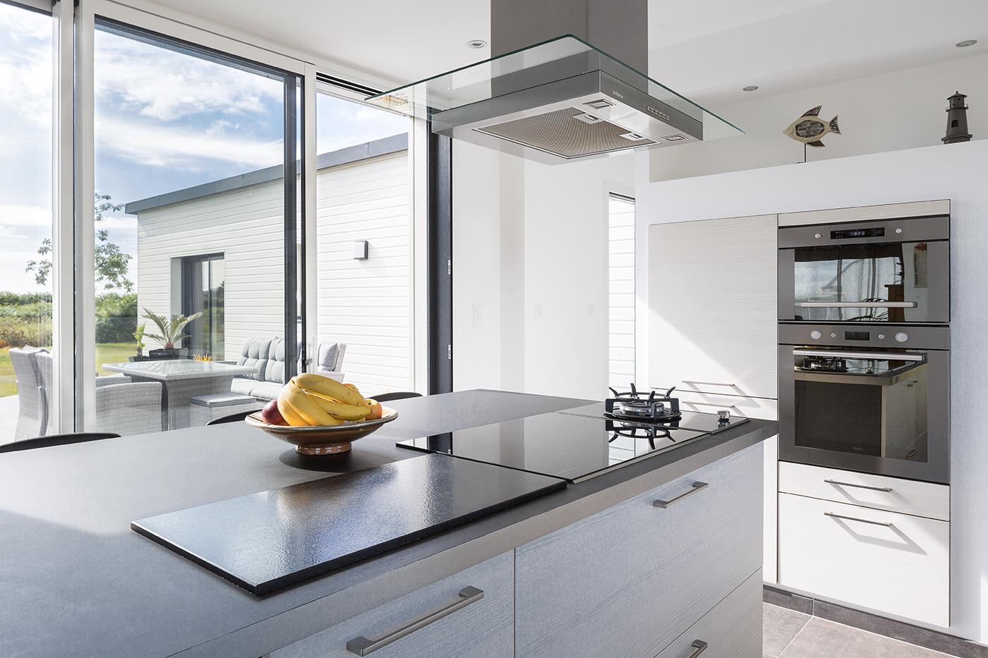 maisons nature bois de style contemporain la maison bois par maisons. Black Bedroom Furniture Sets. Home Design Ideas