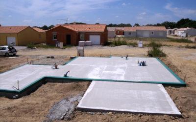 ATERMIS protège les constructions bois par l'application d'une barrière anti termites préventive
