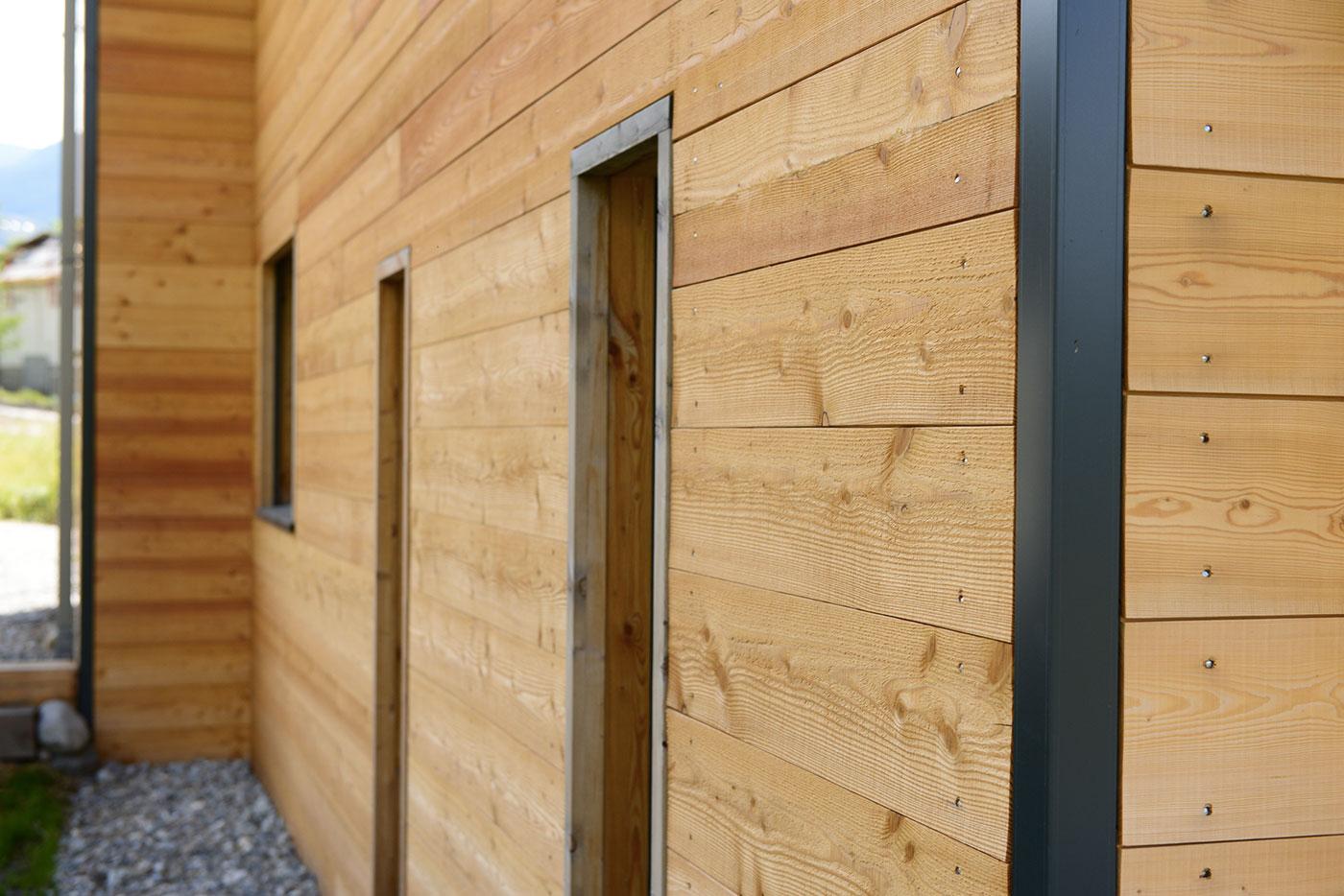 Maison Bois Autoconstruction - Une famille d'autoconstructeurs construit un superbe Chalet bois BAYROU la maison bois par