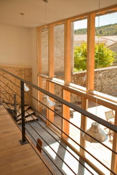 Une extension bois qui allie l'énergie de lapierreetdela légèreté du bois