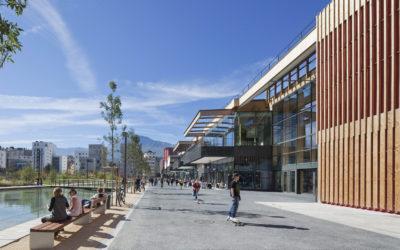 Caserne de Bonne / Halle bioclimatique du centre commercial à Grenoble (38)