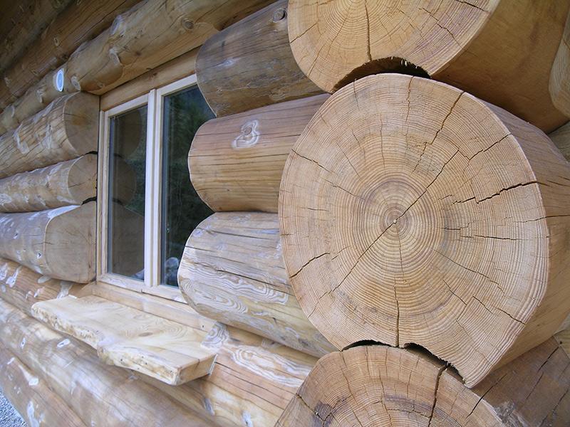 fuste maison bois massif