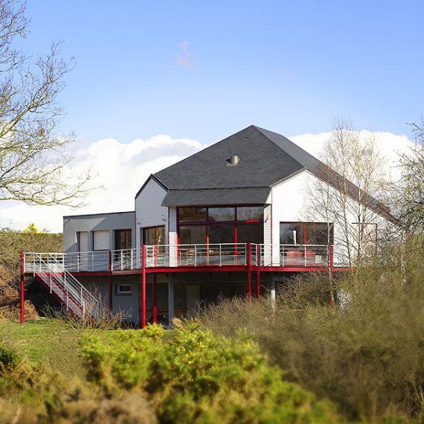 Habitat bois création : constructeur de maisons ossature bois en Bretagne