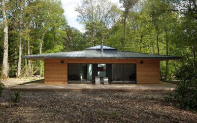 Normandie : une maison à ossature bois carrée en pleine forêt par E2R