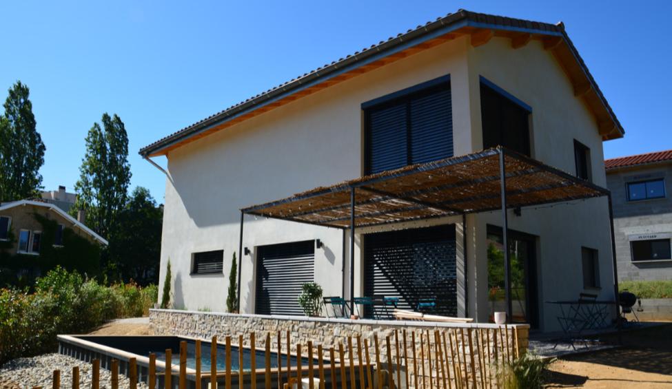 Maison passive à ossature bois à Écully, en banlieue lyonnaise
