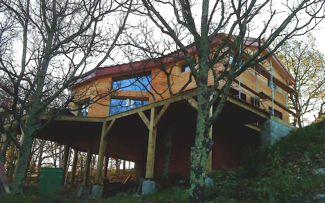 Tecknibois, constructeur bois et charpentier en Ardèche