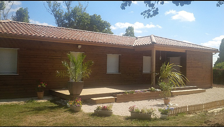 Maison à ossature bois à budget optimisé par PCE maison bois