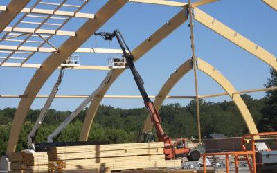 CMBP lève des poutres de 80 mètres de portée pour le Parc équestre fédéral de Lamotte Beuvron
