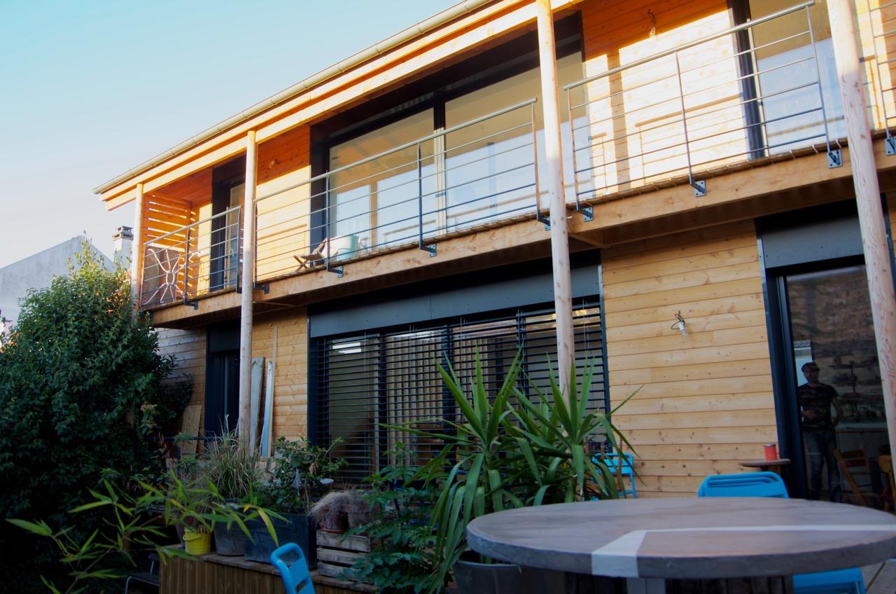 Surelevation Bois D Une Maison A Ivry Sur Seine Par Marc Lafagne Architecte Dplg