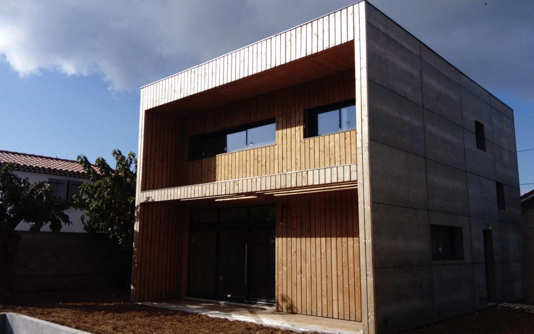 Maison en bois résistante aux fortes chaleurs du sud par Villas Bois Provence