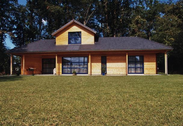 yves laborde maisons ossature bois pr s de pau la maison bois par maisons. Black Bedroom Furniture Sets. Home Design Ideas